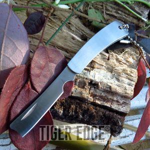 FOLDING POCKET KNIFE   Silver Mini Straight Razor Blade Keychain Tool