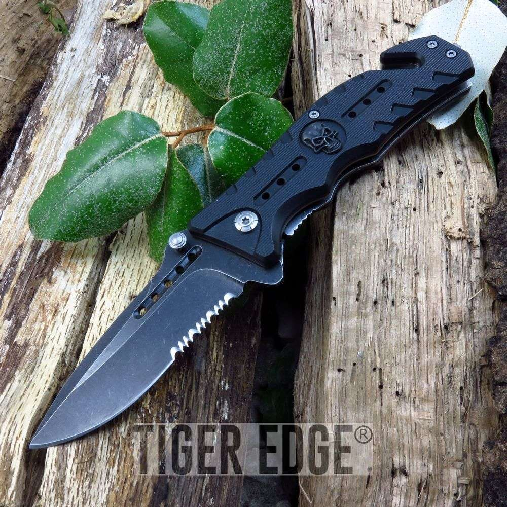 Spring-Assisted Folding Pocket Knife | Stonewash Serrated Tactical Black Skull