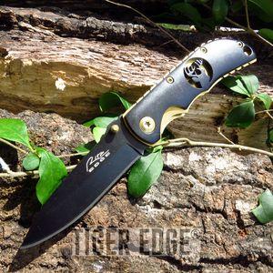 Wildlife Deer Black and Gold Folding Pocket Knife