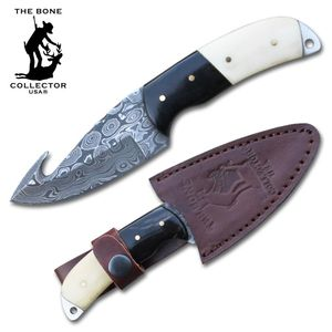 Damascus Steel Hunting Knife | Gut Hook Skinner 3