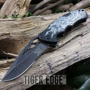 Dark Side White/Black Screaming Skull Fantasy Spring-Assisted Folding Knife