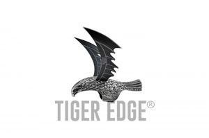 Armored Finger Ring | Double Black Blade Gray Hawk Talon Blade